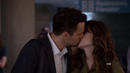Nick and Jess kissing - season 7